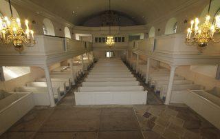 Kirche restauriert verputzt Tischlerei Grobe