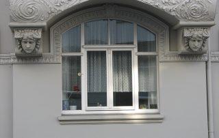 Restaurierung Fenster Fassade Reparatur Tischlerei Grobe