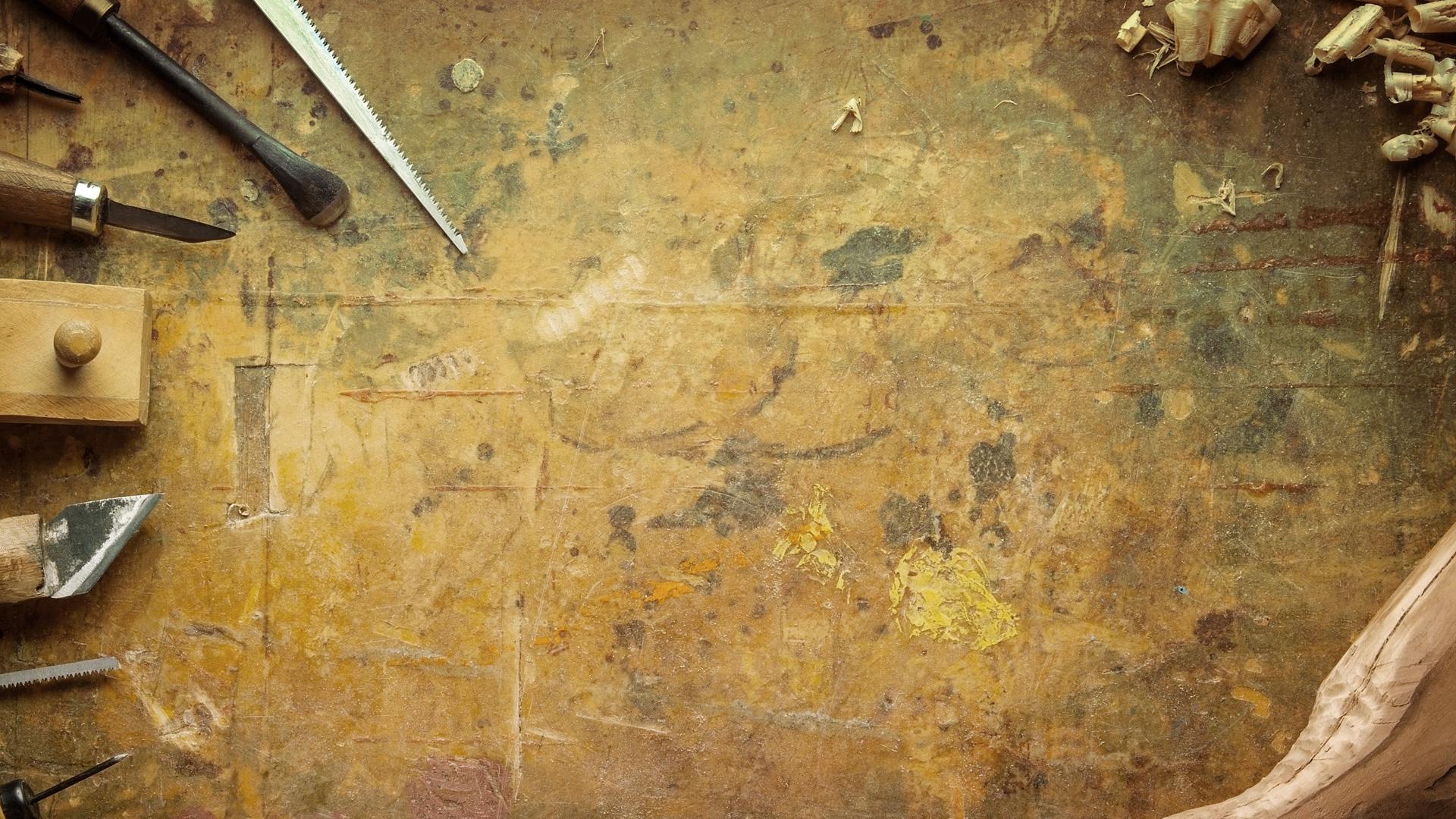 Tisch Unterlage Holz Kerben Farben alt Tischlerei Grobe